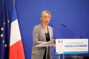 Elisabeth Borne lors d'une rencontre sur le développement des véhicules autonomes, en avril 2019