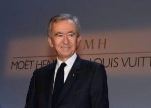 Bernard Arnault est devenu mardi 26 novembre, pour quelques heures, l'homme le plus riche du monde