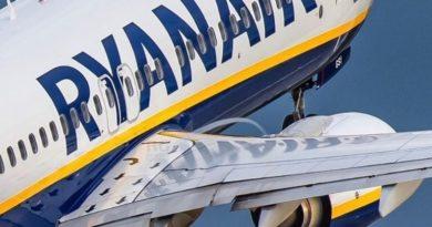 Un avion de Ryanair sur le point de décoller.