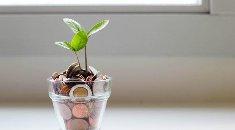 Souscrire un plan d'épargne retraite (PER) constitue la solution la mieux adaptée pour financer la fin de la vie active selon le député Modem Jean-Noël Barrot.