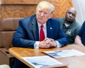 Donald Trump dans le bureau ovale, à la Maison Blanche, en septembre 2019.