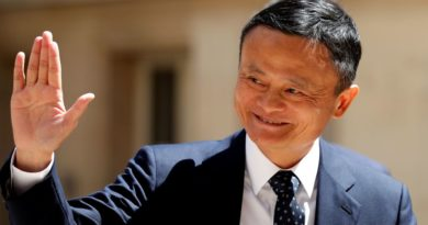 Jack Ma réapparaît et donne le sourire à Alibaba